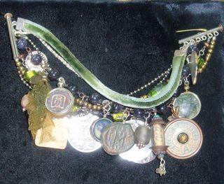 02-24-09-Louise:bracelet