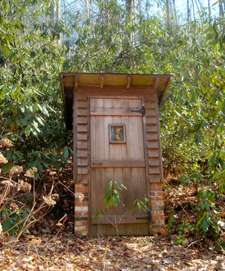 03-10-09-outhouse